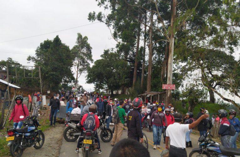 Comunidades del Occidente protestan por falta de ayuda